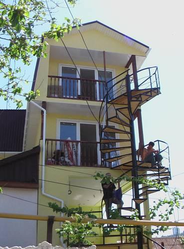 Гостиница Кавказская пленница Алушта