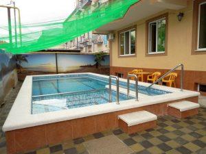 Автобусом к морю из Тулы в Витязево гостевой дом ПОЛИНА бассейн