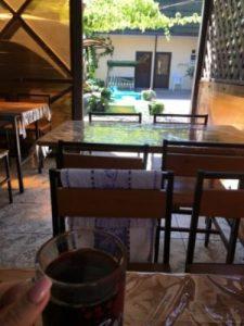 Автобусом к морю из Тулы в Голубицкую гостевой дом ЖАРА столовая