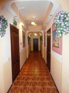 Автобусом к морю из Тулы в Джемете отель МОРСКОЙ БРИЗ коридор