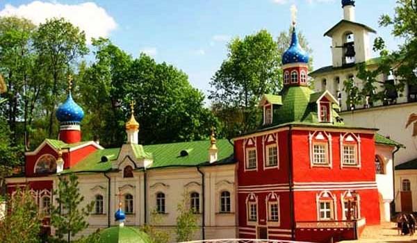 Псков – Изборск – Печоры – В. Новгород