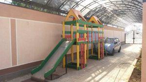 Автобусом к морю из Тулы в Витязево гостиница У ВАЛЕНТИНЫ детская площадка