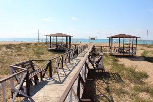 Автобусном к морю из Тулы в Благовещенскую база отдыха БЕЛЫЙ БЕРЕГ пляж