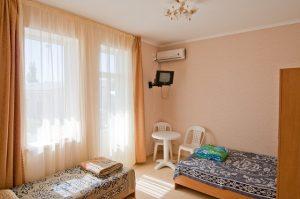номер 3 Гостевой дом «РИФ» Заозёрное Евпатория Крым Автобусом к морю