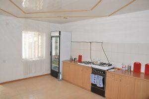кухня Гостевой дом «РИФ» Заозёрное Евпатория Крым Автобусом к морю