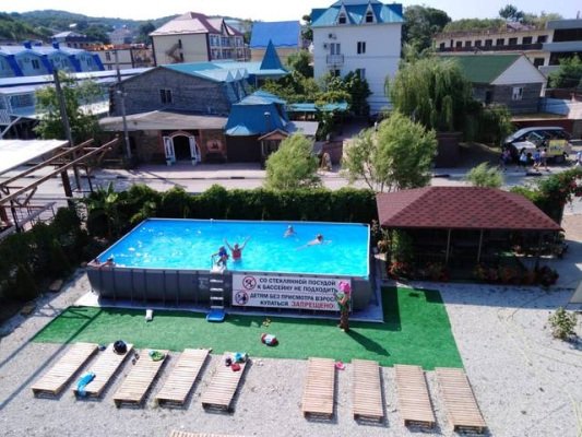Автобусом к морю из Тулы в Лермонтово гостевой дом ОРЛИНКА бассейн