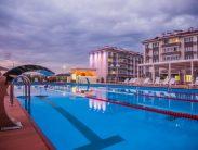 Автобусом к морю из Тулы в Адлер город-отель БАРХАТНЫЕ СЕЗОНЫ бассейн