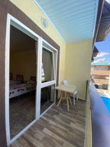 Автобусом к морю из Тулы в Лермонтово гостевой дом КАРАМЕЛЬ балкон