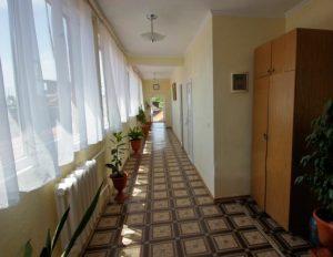 Автобусом к морю из Тулы в Лазаревское гостиница ЗАКАТ коридор