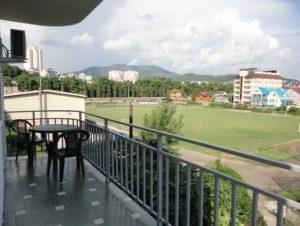 Автобусом к морю из Тулы в Лазаревское гостиница ЕВГЕНИЯ вид с балкона