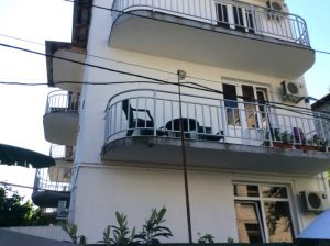 Автобусом к морю из Тулы в Лазаревское гостиница ЕВГЕНИЯ балкон