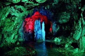 Автобусом из Тулы в Адыгею Гуамское ущелье Азишская пещера Мешоко Руфаболо