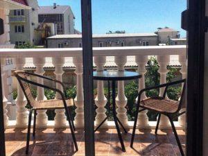 Автобусом к морю из Тулы в Крым Судак гостиница КОМИЛЬФО балкон